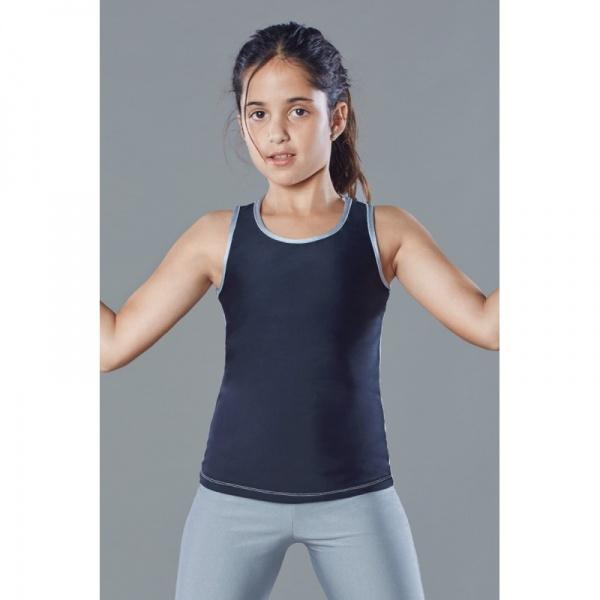 e119b9bb2 Ropa deportiva. Compra pantalones largos y cortos de deporte para niña en  nuestra tienda online