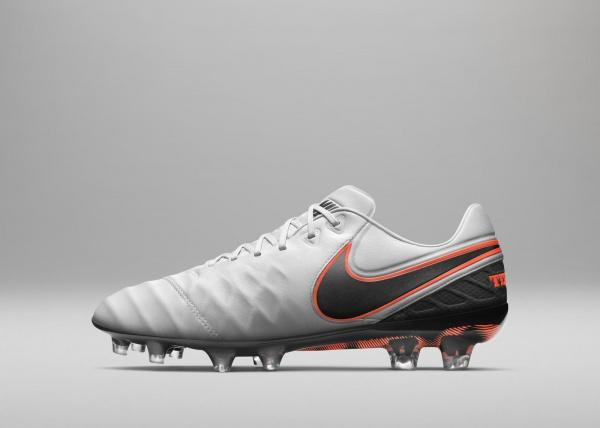 Nuevos botines de pirlo Nike Tiempo Legend 6 2016