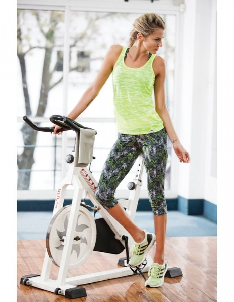 darling sport musculosa y calza aerobic mujer primavera verano 2017