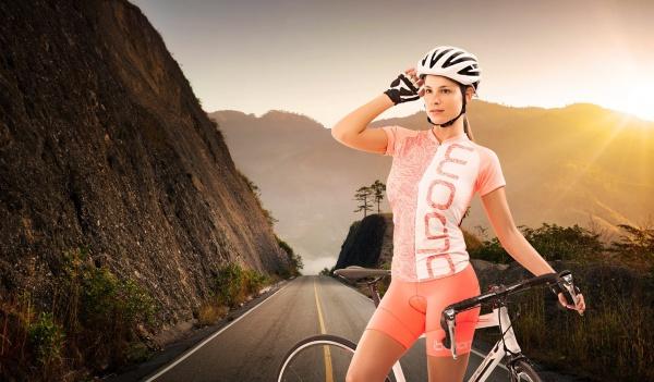 bloom sports ropa deportiva ciclista mujer verano 2017