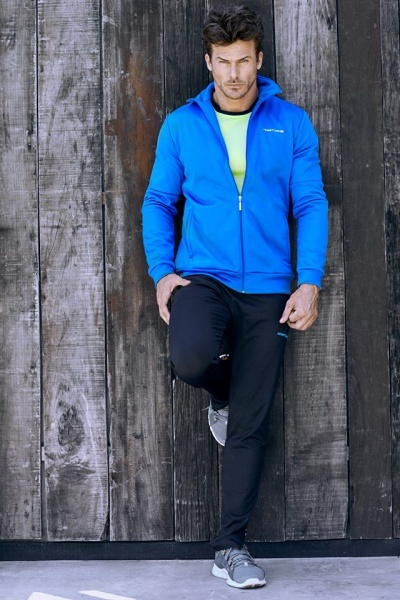 Ropa deportiva Admit One para hombre invierno 2015 ds  c386c4cc914d6