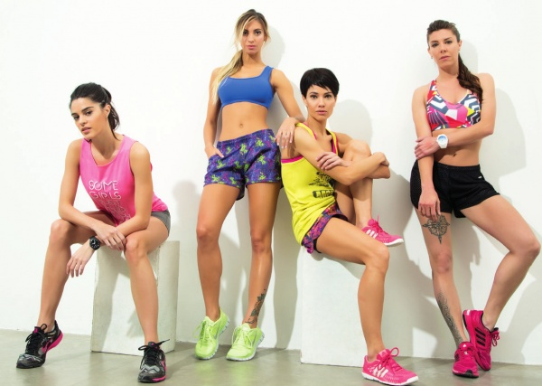 PUNTO1 - Catalogo Indumentaria Deportiva Mujer Primavera Verano 2017