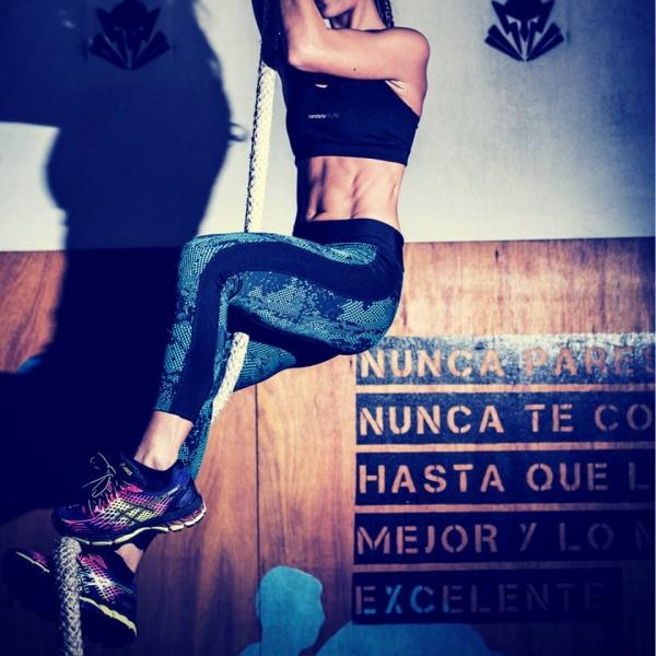 vandalia top deportivo fitness mujer primavera verano 2017