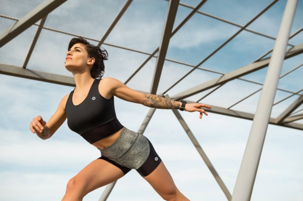Bloom Sports - Top y calza Mujer Verano 2018